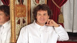 Guy Martin: Portrait of a Grand Chef - A Gastronomical Voyage with a Master of French Cooking